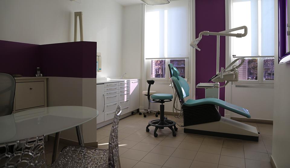 salle de soins dentaire du cabinet dentiste salon de